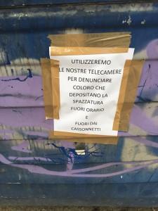 cartello indirizzato alla società messinaservizi bene comune - messina