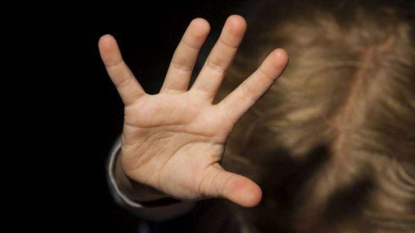 violenza sessuale su minori