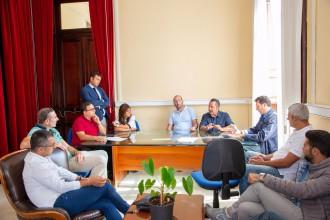 Foto incontro lavoratori Liberty Lines e Presidente del Consiglio Comunale, situazione aliscafi messina-reggio