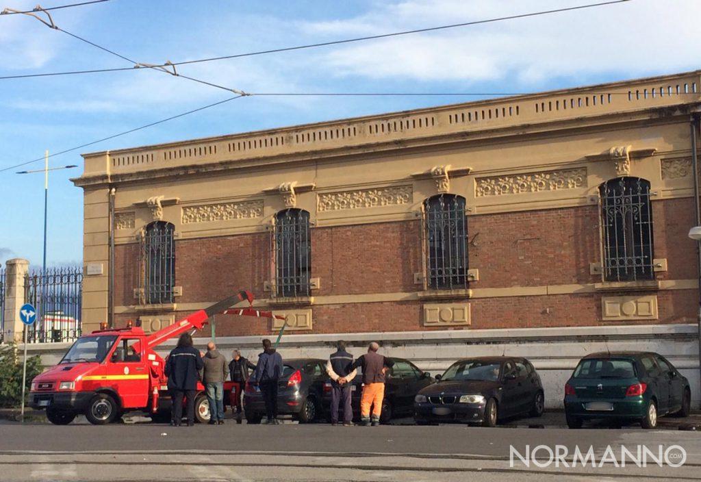 Rimozione forzata dei veicoli in divieto di sosta di fronte alla Dogana, Messina