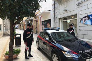 Si rifiutano di pagare e aggrediscono il titolare di un locale: 4 arresti per estorsione aggravata
