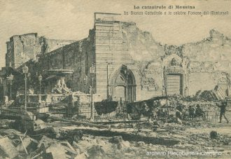 duomo di messina e la fontana di orione del montorsoli dopo il terremoto del 1908