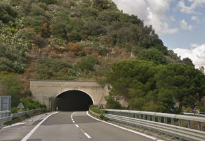 autostrada a18 messina catania sopra giampilieri