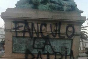 Messina. Imbrattato il Monumento ai Caduti della Passeggiata a Mare