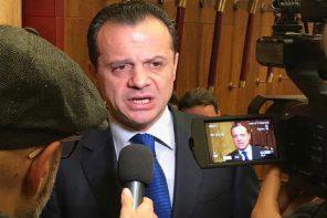 Cateno De Luca ai ferri corti con il Consiglio Comunale: «Elezioni a maggio»