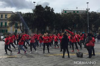 flash mob one billion rising messina, piazza duomo