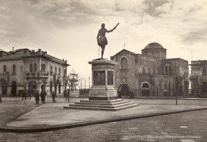 Foto d'epoca: Monumenti mobili: monumento a Don Giovanni d'Austria