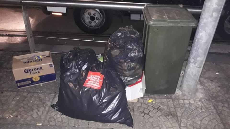 rifiuti, spazzatura, centro storico di messina