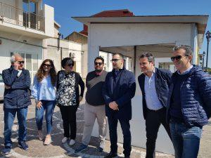 foto post conferenza stampa di presentazione dello street food di primavera - Santa Teresa di Riva