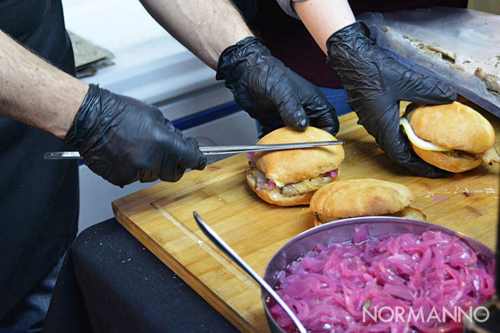 Foto del pane con la porchetta allo Street Food di Primavera 2019