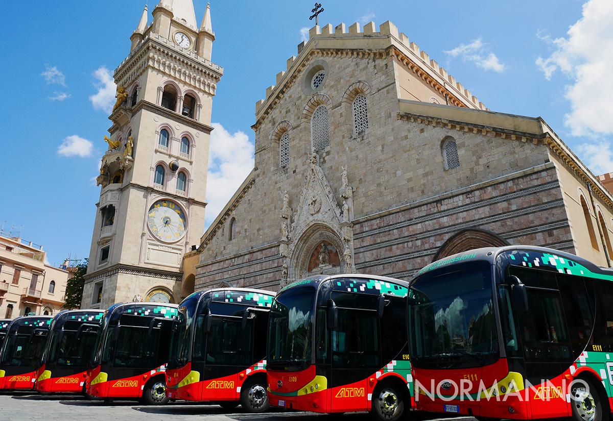bus elettrici atm benedizione a piazza duomo a messina