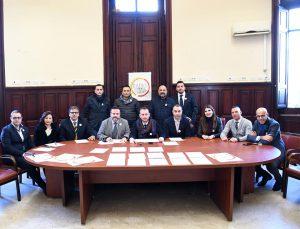 Foto che raffigura i membri dell'associazione politico-culturale Radici