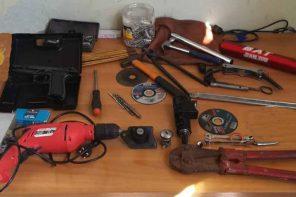Furto d'auto e possesso di arnesi da scasso: in manette 43enne messinese