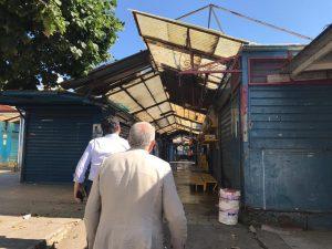 Cateno De Luca al mercato Sant'orsola a Messina per l'inizio dei lavori
