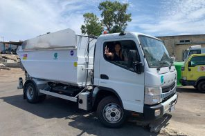 Potenziata la raccolta dei rifiuti a Messina. Lombardo: «In servizio 14 nuovi mezzi»