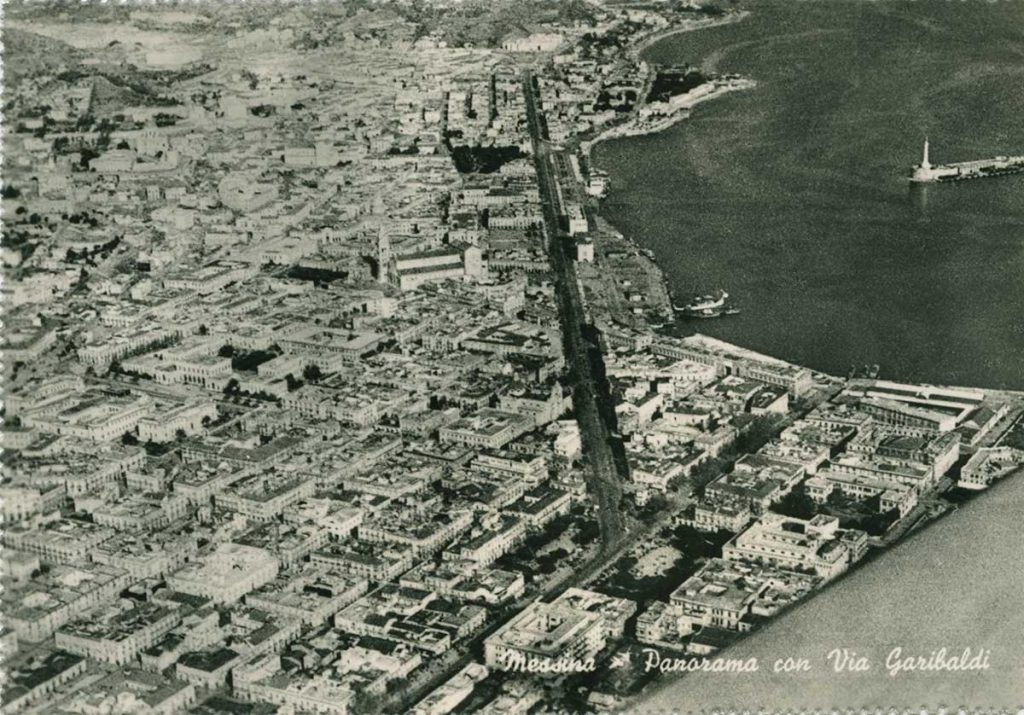 foto d'epoca di piazza cairoli vista dall'alto, messina
