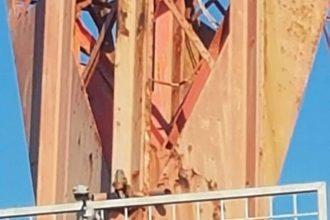 pilone di torre faro, dettagli con ruggine