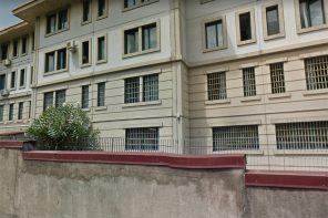 Detenuto lancia una caffettiera contro un poliziotto: tensione al carcere di Gazzi