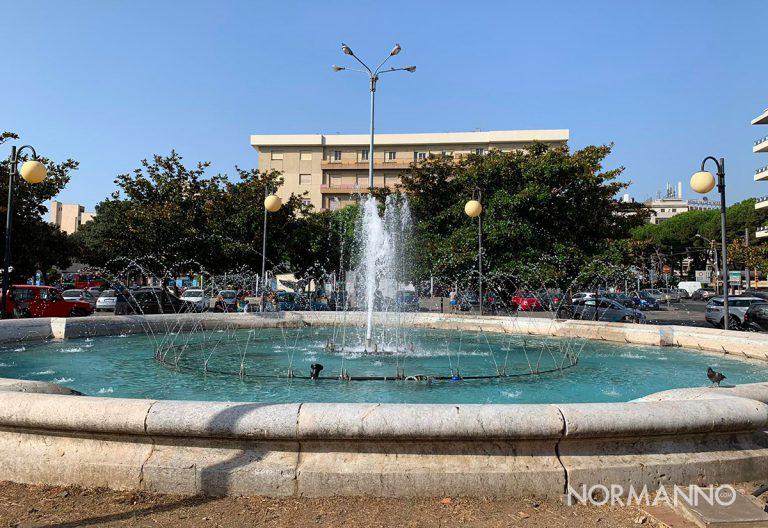foto della fontana della stazione di messina dopo essere stata pulita e ripristinata