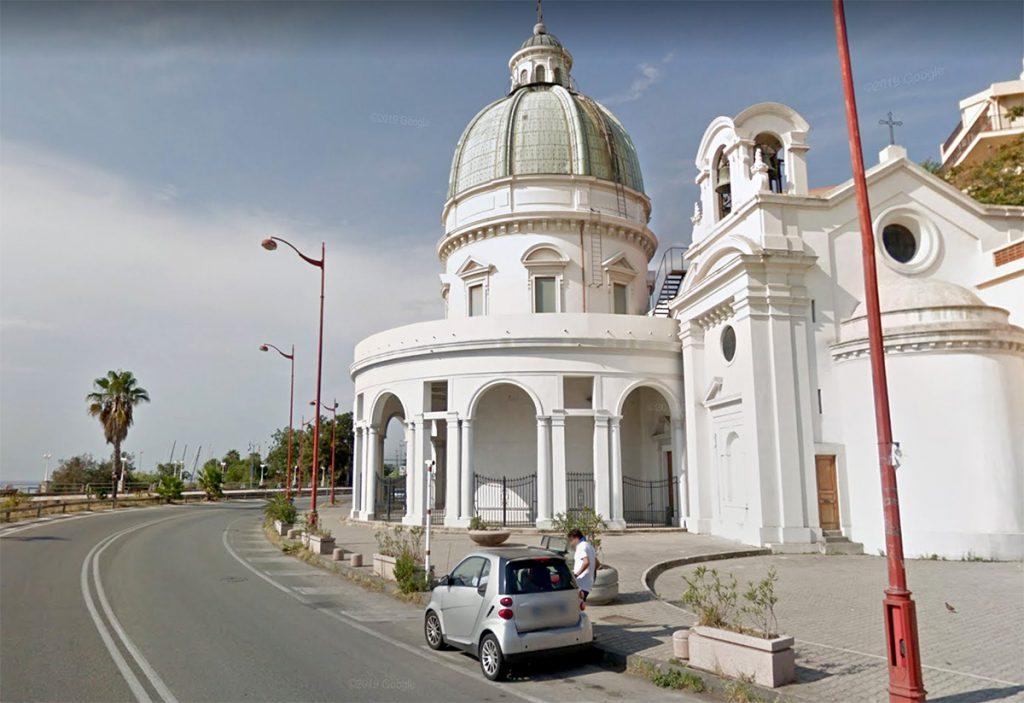 chiesa di grotte in via consolare pompea a pace