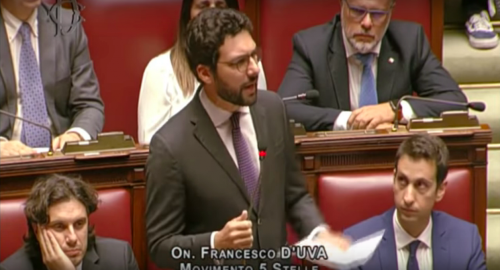 Francesco D'Uva alla Camera sulla crisi di governo - mojito