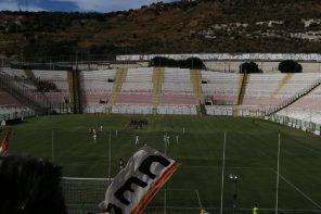 Calcio. Il Messina non sa vincere: ACR Messina – Acireale finisce 1 – 2