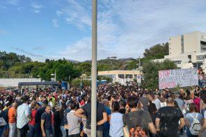 """""""STOP"""" ai test d'ingresso: la protesta contro il numero chiuso nelle università"""