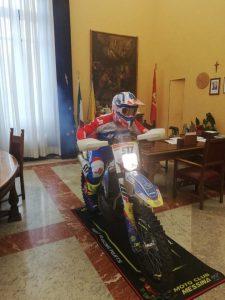 de luca in moto a palazzo zanca