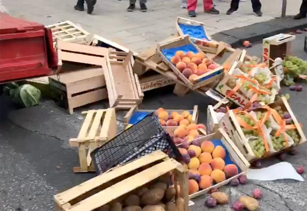 sequestro frutta a un venditore ambulante abusivo a messina
