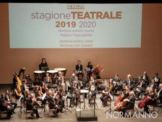 Foto dell'orchestra del Teatro Vittorio Emanuele di Messina