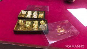 scatola di cioccolatini alla presentazione festa del cioccolato artigianale choco moments messina
