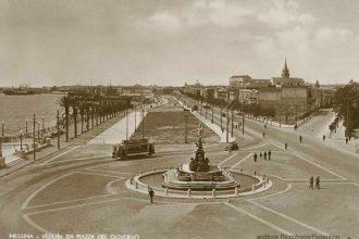 c'era una volta Messina: foto d'epoca del tram vicino alla statua del Nettuno