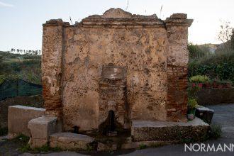 Luoghi di Messina: lavatoio antico a massa san Giorgio