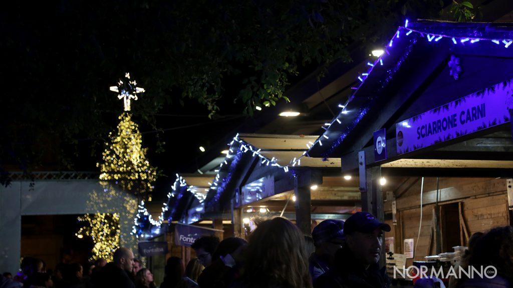 accensione dell'albero di natale di piazza cairoli, a messina, nel 2019