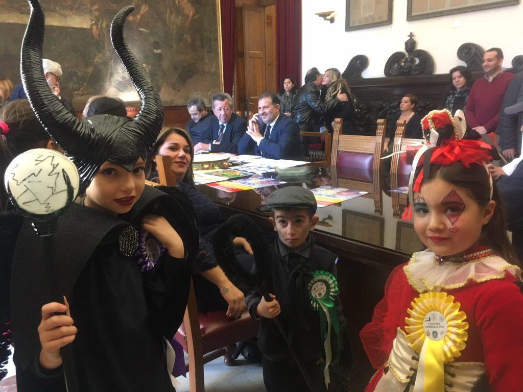 bambini mascherati per carnevale 2020 messina