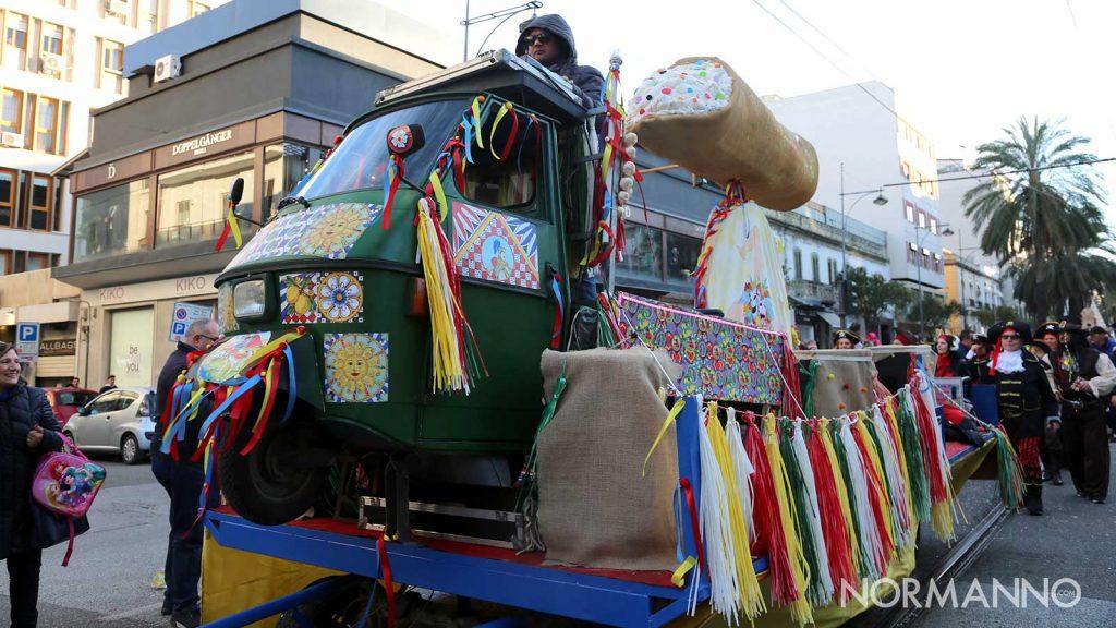 Foto dei carri di Carnevale 2020 a Messina