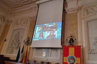 foto delle prime sedute di laurea online all'università di messina