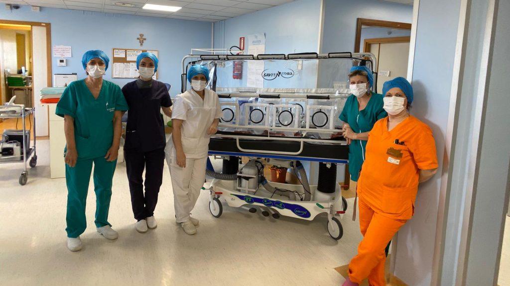 barella di bio-contenimento all'Ospedale Papardo di Messina per i pazienti affetti da coronavirus