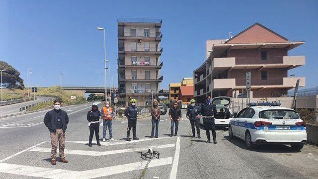 controlli della polizia municipale durante l'emergenza coronavirus
