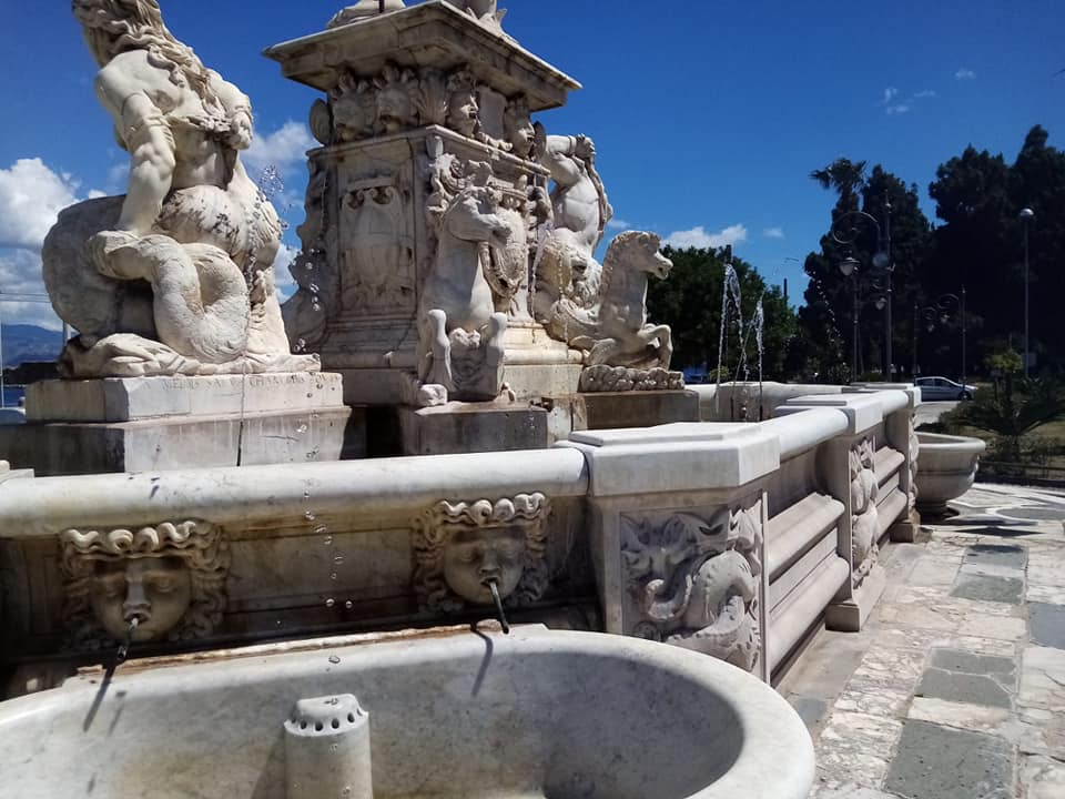 fontana del nettuno, messina