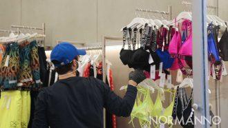 negozio di abbigliamento aperto durante la fase 2 del coronavirus