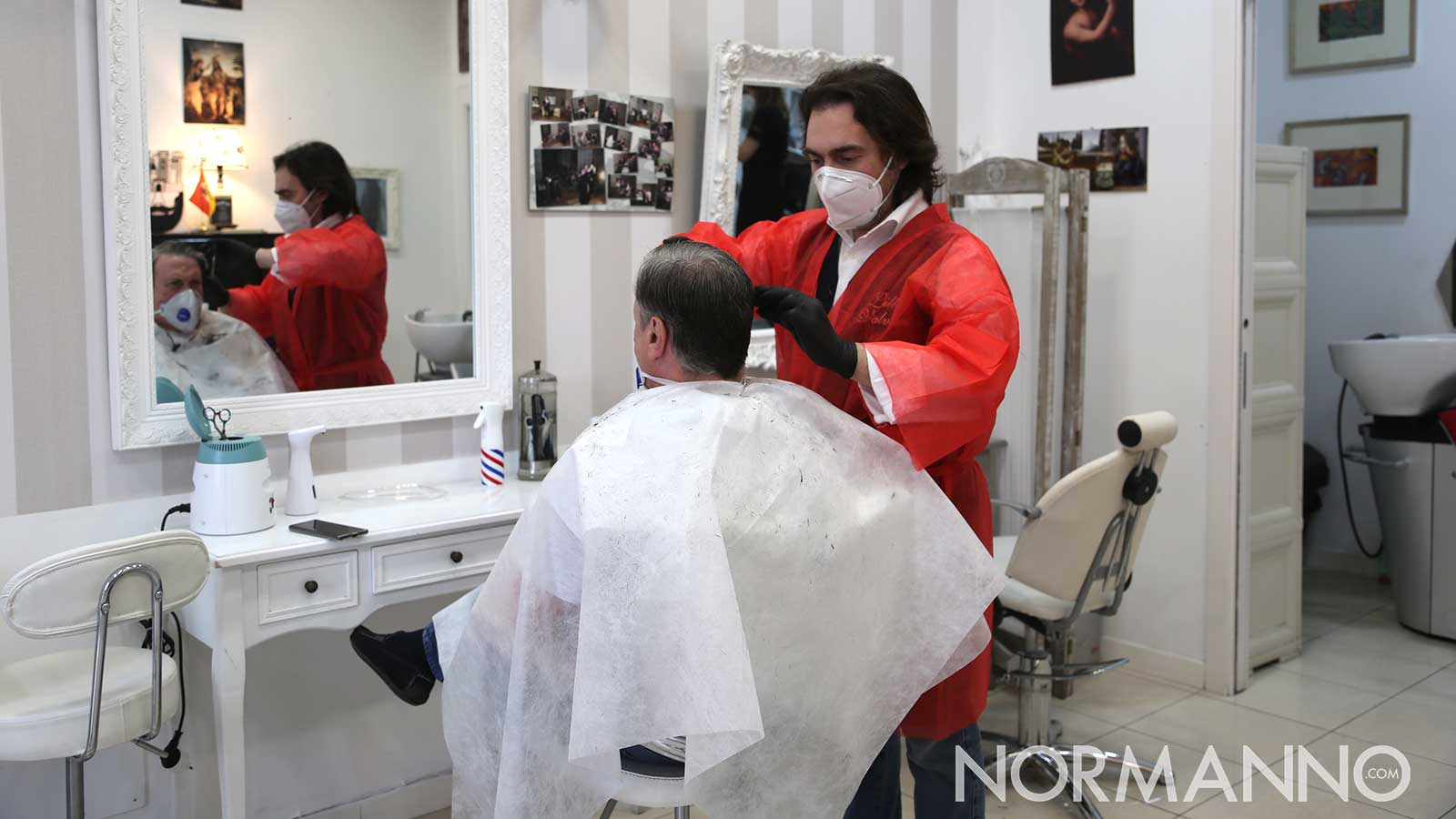 barbiere durante la fase 2 del coronavirus
