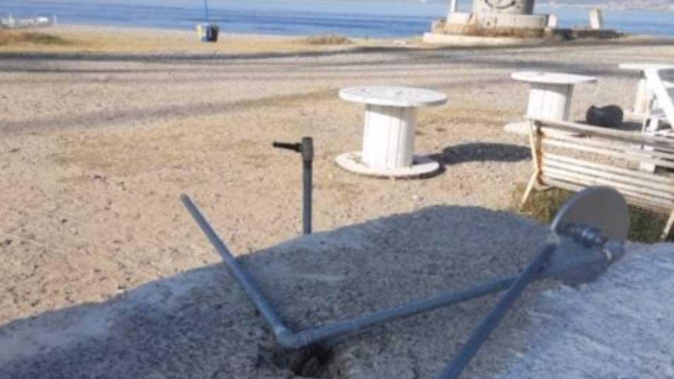 docce danneggiate a torre faro capo peloro) a messina