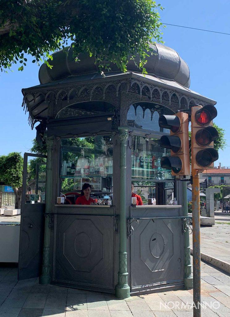 chiosco ottocentesco di piazza cairoli della limonata al sale a messina