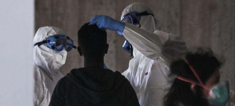 controlli sul coronavirus ai migranti che sbarcano in sicilia: ordinanza musumeci