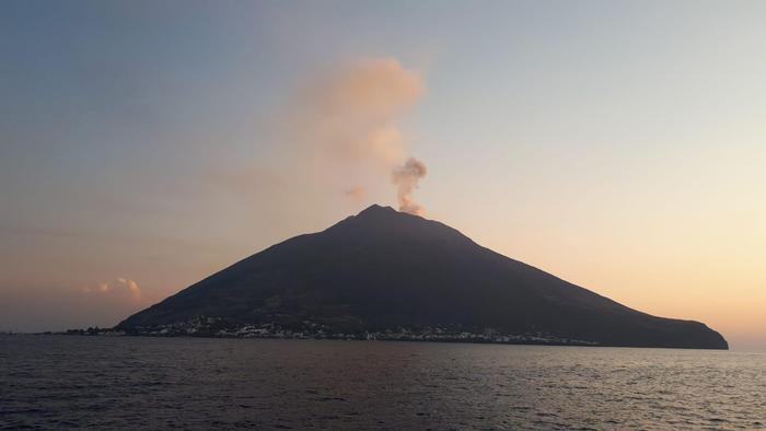 esplosioni sul vulcano Stromboli