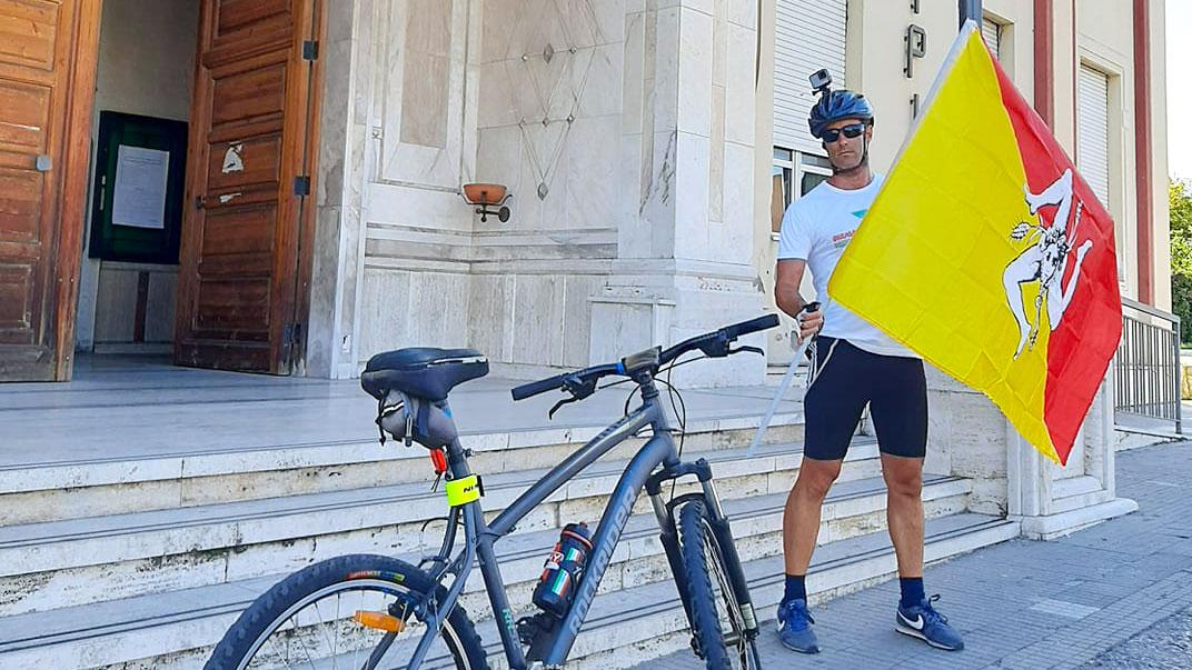 """foto di maurizio prisutto, viaggio in bici da patti a roma per """"coraggio a mezzogiorno"""""""