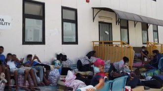 screen del video dell'hotspot per migranti di lampedusa, in sicilia