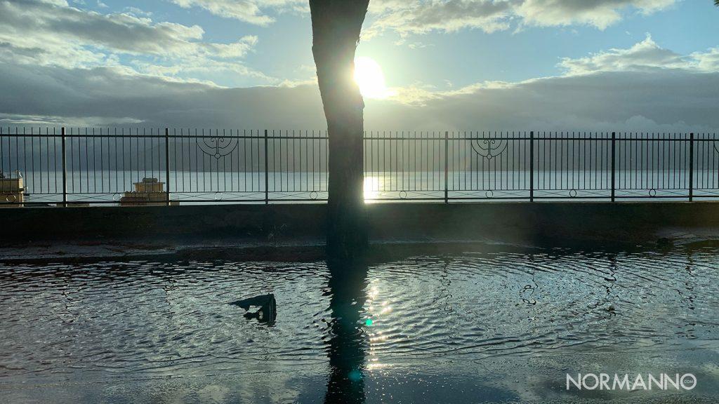 maltempo a messina, pioggia sulla panoramica dello stretto