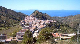 foto del villaggio di salice a messina di alessandro celona